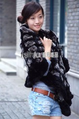 Rex Rabbit Fur Plaid Knitted Cape